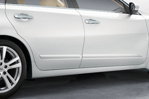 th_13_Altima_Body_Side_Moldings1